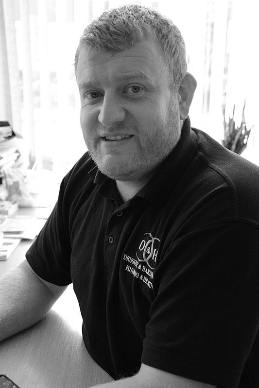 Warren Taylor - Contracts Director